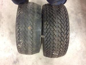 Lot de 2 pneux a vendre