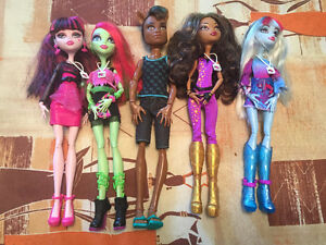 Monster High Music Fest/VIM 5 doll set Christmas