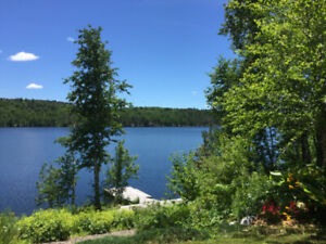 Waterfront home with acreage in Sudbury South End