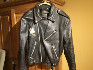 Motorcycle unique leather jacket  large with a eagle on the back