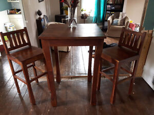 Bistro/bar table 2 chairs
