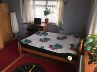 Huge Double room close to Frenchay hospital bs16