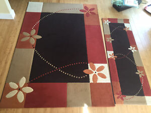 Beautiful Area Rug and Matching Runner
