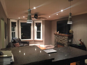 Updated 3 Bedroom upper unit ALL INCLUSIVE CLOSE TO WESTERN