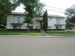 2 bdrm suite @ 1439 -19 St. SE in Medicine Hat