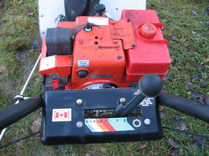 Craftsman II 8/25 6spd Snowblower, ready to go! Asking $275 obo Prince George British Columbia image 3