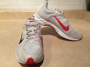 Women's Nike Zoom Air Marathoner Running Shoes Size 9.5  London Ontario image 6
