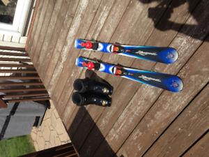 Ski alpin avec bottes pour enfant
