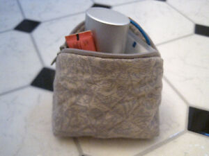 Mini Cosmetic Bag Kitchener / Waterloo Kitchener Area image 4