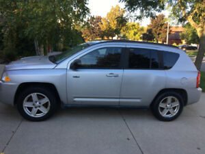 Selling a compact SUV