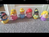 6x Disney Princess Little People.
