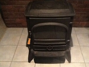 Dover F-400 Fuel Oil Stove. No electricity required