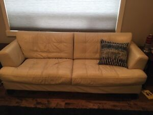 100% Leather sofa and love seat. Strathcona County Edmonton Area image 4