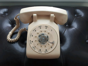 Vintage 1970s White Rotary Phone by Northern Telecom - RARE