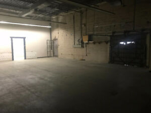 1600 sq Industrial space Warehouse/Shop/Storage for Lease/Rent