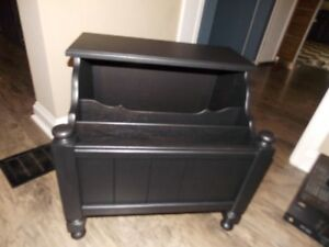 Side/End Table with Magazine Storage