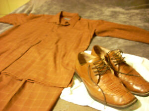 Pimped out brown suit from Detroit (shoes not included)