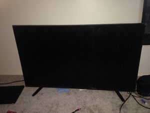 INSIGNIA LED 48 Inch for sale. 350$-450$ highest gets it