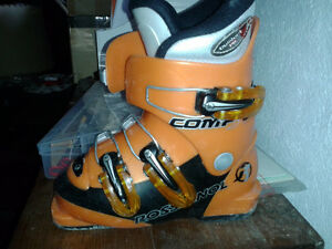 Ski Boots Several Sizes/Children sizes (see additional pictures)