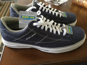 For sale - Brand new Men's Skechers lace up shoes