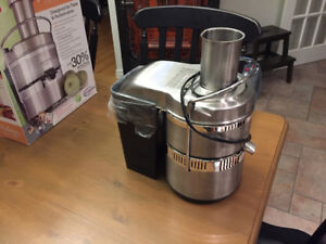Jack LaLanne Power Juicer Pro -Only used once-