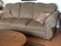 couch and love set