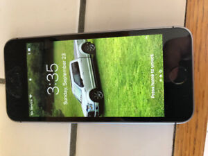 I Phone 6 SE in new condition