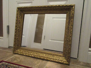 Antique Decorative Wooden Frame with Mirror