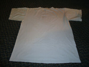 Ladies Size L/G ****Hatley*** Hucklebeary Short Sleeve T-Shirt Kingston Kingston Area image 3
