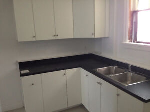 2 bed March 1ST- South End Robie St. DAL, SMU, QE2