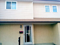 Month to month 5bdrm  townhouse rental near millwoods