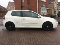 2005 VOLKSWAGEN GOLF 2.0 TDI GT 3 DOOR HATCHBACK IN WHITE MOT NOV