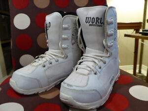 Snowboard Boots Youth - World Industries