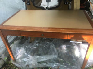 Vintage desk table bureau