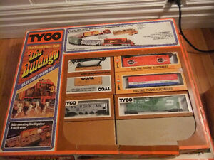 vintage collection HO electric train sets and layout Cambridge Kitchener Area image 6