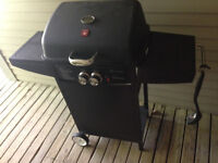 Small two burner bbq, works perfectly