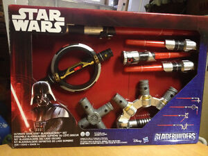 Star Wars Ultimate Dark Side Bladebuilders Set   **NEW**