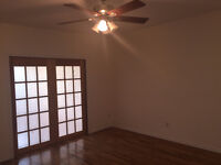 DUPLEX NEWLY RENOVATED AVAILABLE FOR RENT