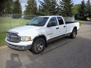 2002 Dodge Ram 1500 4dr Quad Cab -8 Ft BOX- Truck in great shape