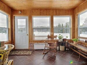 Maison, Style Champêtre, bordant rivière Mistassini. Lac-Saint-Jean Saguenay-Lac-Saint-Jean image 10