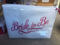 Bride to be zip storage bag (ANY OFFERS WELCOME)