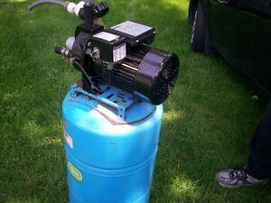 Pompe de puit Flotec 3/4 hp 120/240 volt avec réservoir Amtrol
