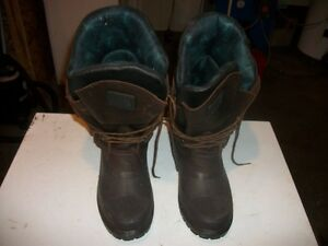 One pair of Winter Baffin Snow Boots.