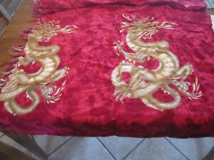 Rideau Rouge Dragon un panneau
