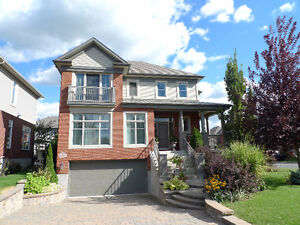 "Luxury house for renting in ""O"" Secteur in Brossard $3280/month"
