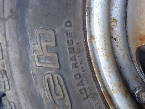 """4 - 16"""" Rims (with summer tires)"""