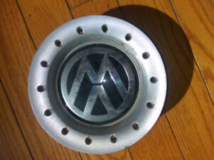 Wanted Volkswagen 16inch center cap