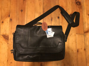 "Selling Brand New ""Pelle"" Genuine Leather Laptop Bag"