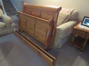 Beautiful solid pine double sleigh bed set