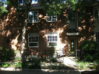 Spacious River Valley Townhouse - No Condo Fees!